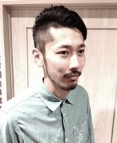 メンズ~少し個性をだした刈上げ黒髪スタイル♪